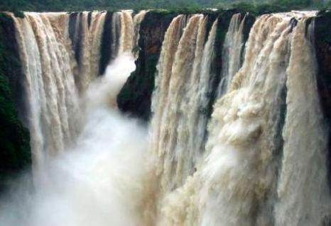 Las Cascadas mas Impresionantes de India 1